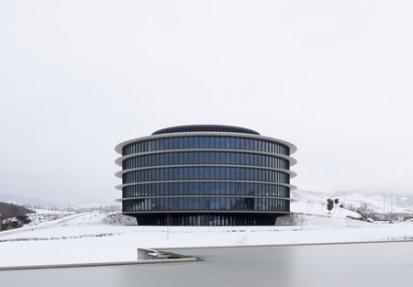 Gamesa Headquarters + Vaillo + Irigaray